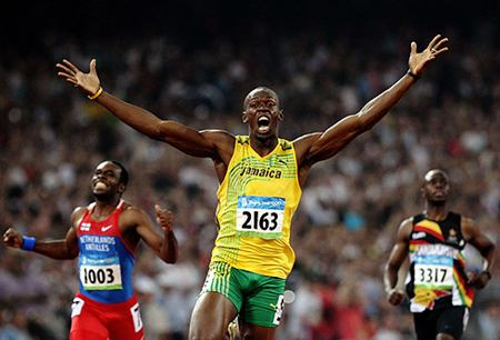 Bolt destroza los límites de la historia