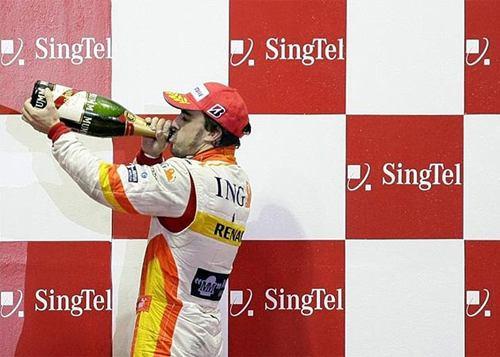 Alonso vuelve a saborear un podio