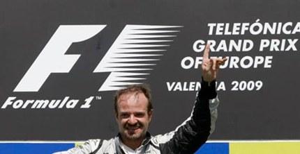 Rubens Barrichello gana el GP de Europa en Valencia cinco años después