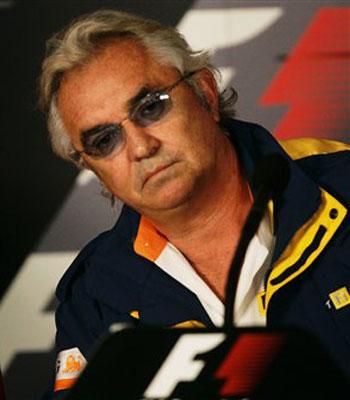 Briatore y Symonds abandonan Renault