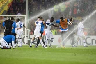 Los aspersores impiden la celebración final del Inter
