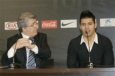 Cerezo: Si el Kun Agüero se va al Madrid, mala suerte