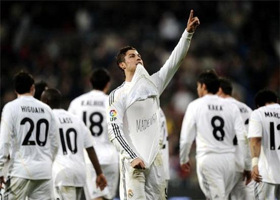 El Madrid gana 6 - 2