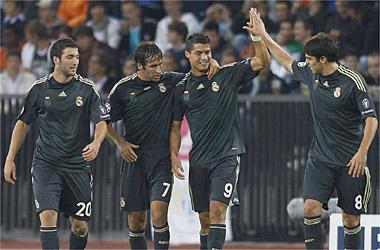 El Madrid golea en su estreno