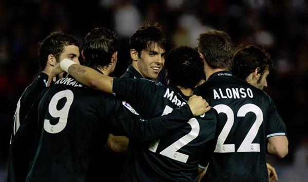 El Madrid golea 1 - 5