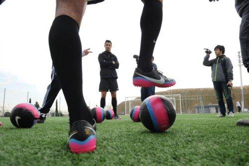 Entrenamiento del partido de futbol con Cristiano Ronaldo