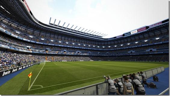 PES2013: DLC con 20 Estadios Españoles