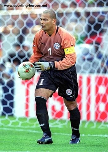 El Paraguayo Chilavert también será leyenda en PES 2018